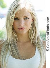mooi, glimlachende vrouw, jonge, blonde
