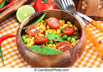 tomaat, peper, koren, slaatje, erwtjes, fris